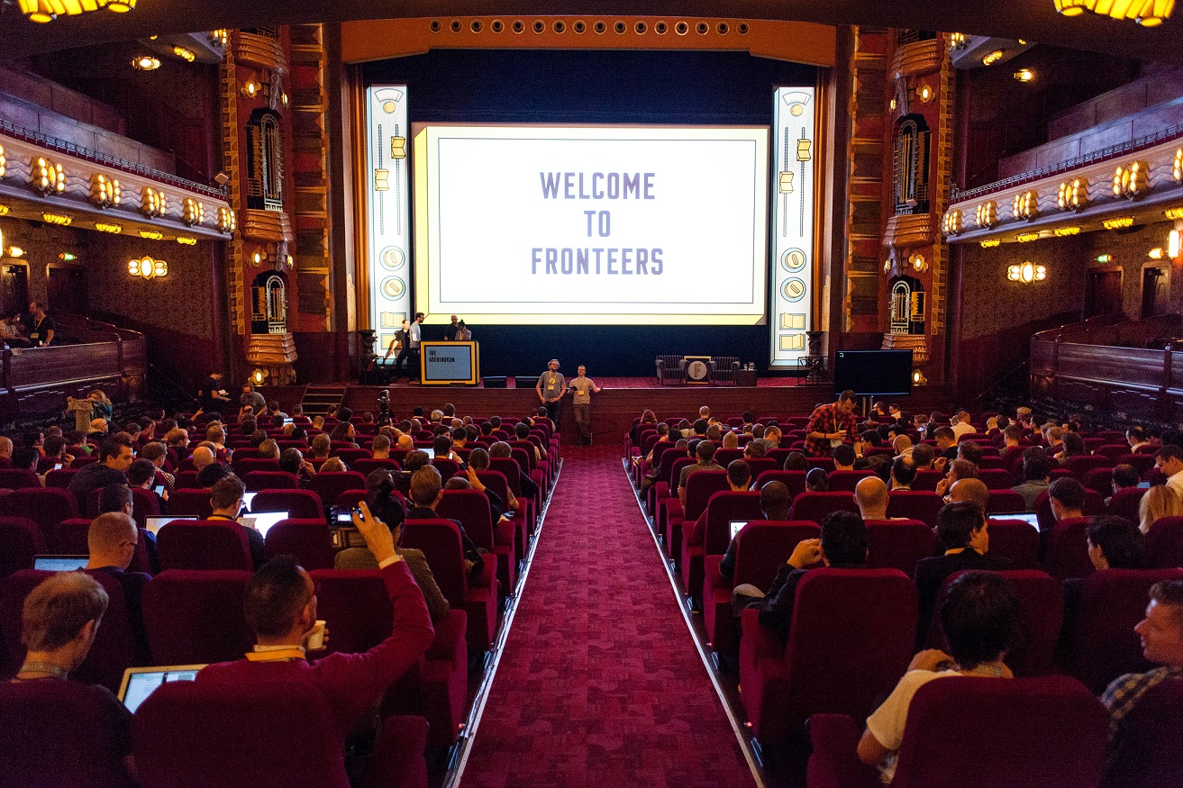 the fronteers crowd