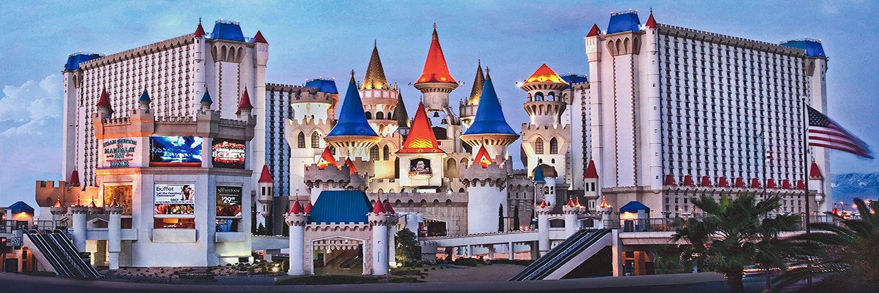 excalibur hotel from outside